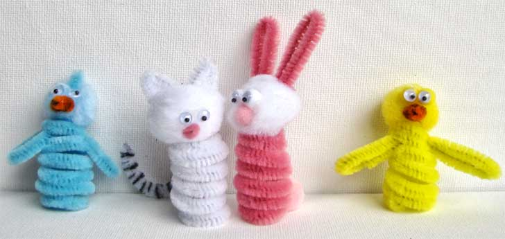 Easter Pipe Cleaner Finger Puppets