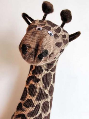 Recycled Crafts: Giraffe Sock Puppet