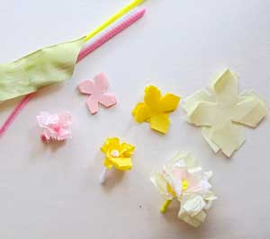 Mini tissue paper flowers woo jr kids activities mightylinksfo
