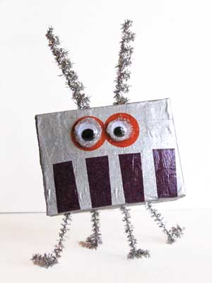 Easy Kids Craft - Cardboard Box Aliens