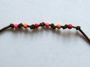 Easy Friendship Bracelet with Beads