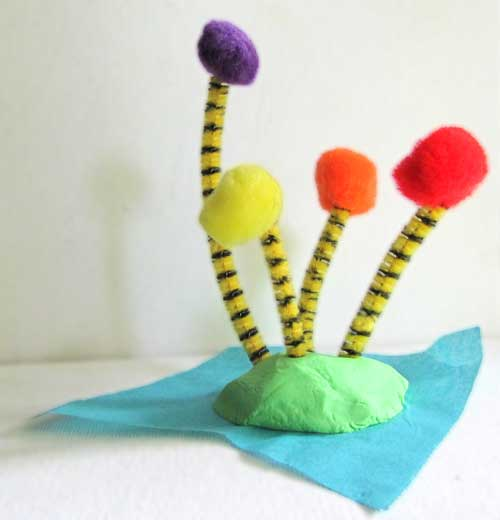 Dr seuss 39 the lorax craft make truffula trees woo jr for Dr seuss crafts for preschool