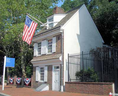 Flag Day Commemorated at the Betsy Ross House