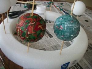Decoupaged Christmas Ornament Craft for Kids - Woo! Jr. Kids ...
