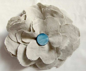 Make an Easy Fabric Flower Brooch