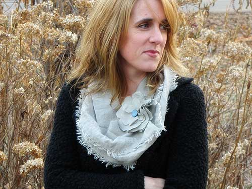 Women's No Sew Frayed Scarf
