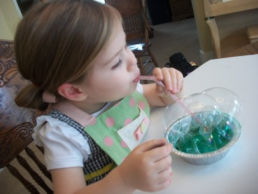 Kid-Friendly Art Project – Painting with Bubbles