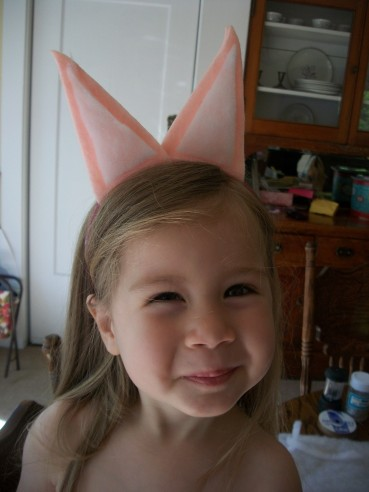 Scrap Craft:  Piggy Ears for your Toddler