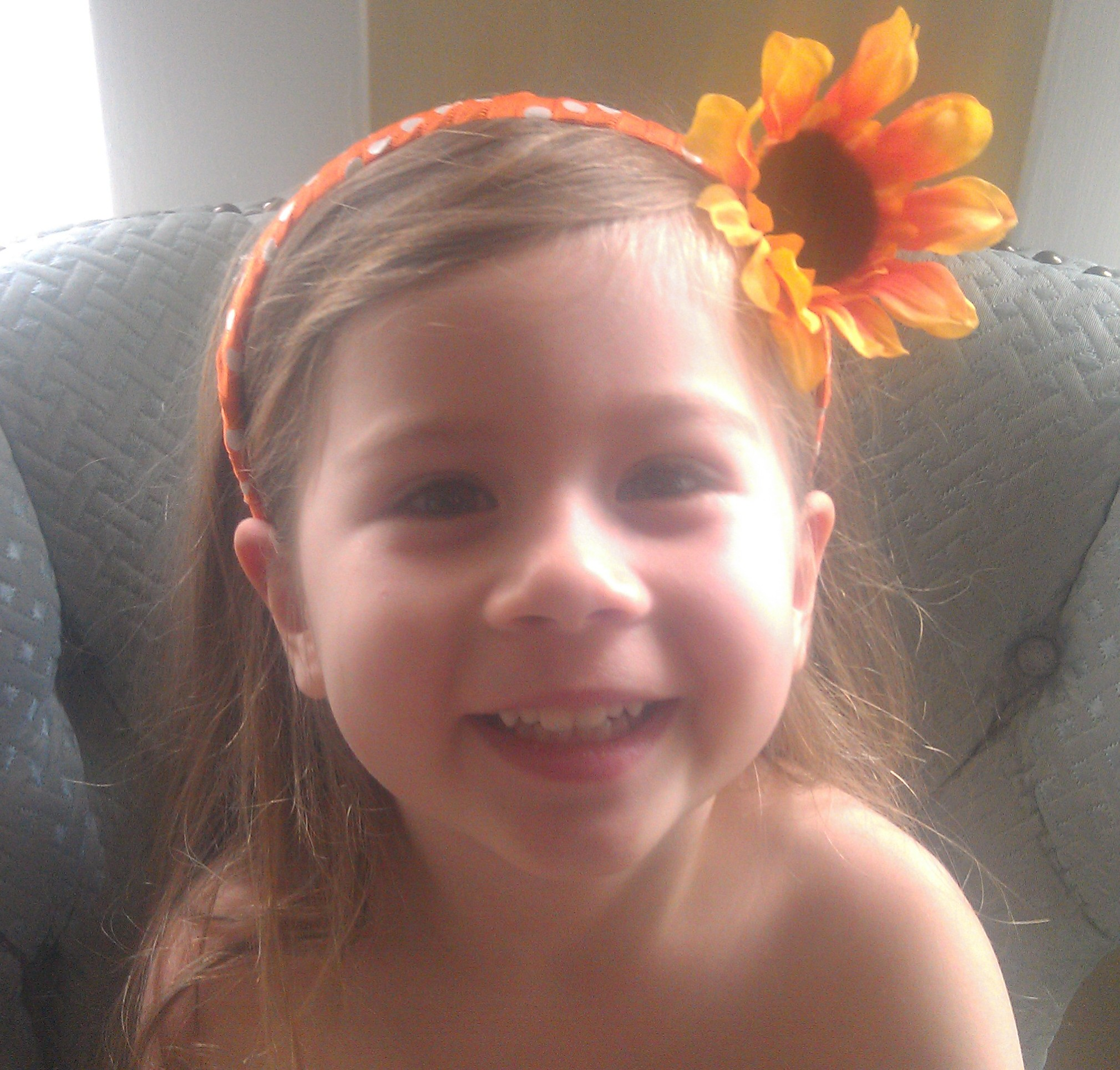 Sunflower Headband Craft on printable summer coloring paper