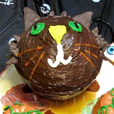 Halloween Party Cat Cake
