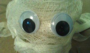 Glue on some googly eyes so your mummy can see!