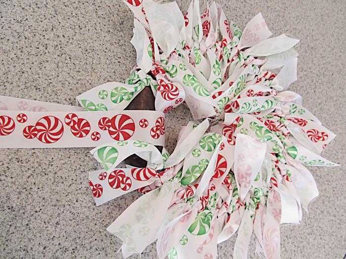 Ribbon Wreath 7 Easy Tied Christmas Ribbon Wreath