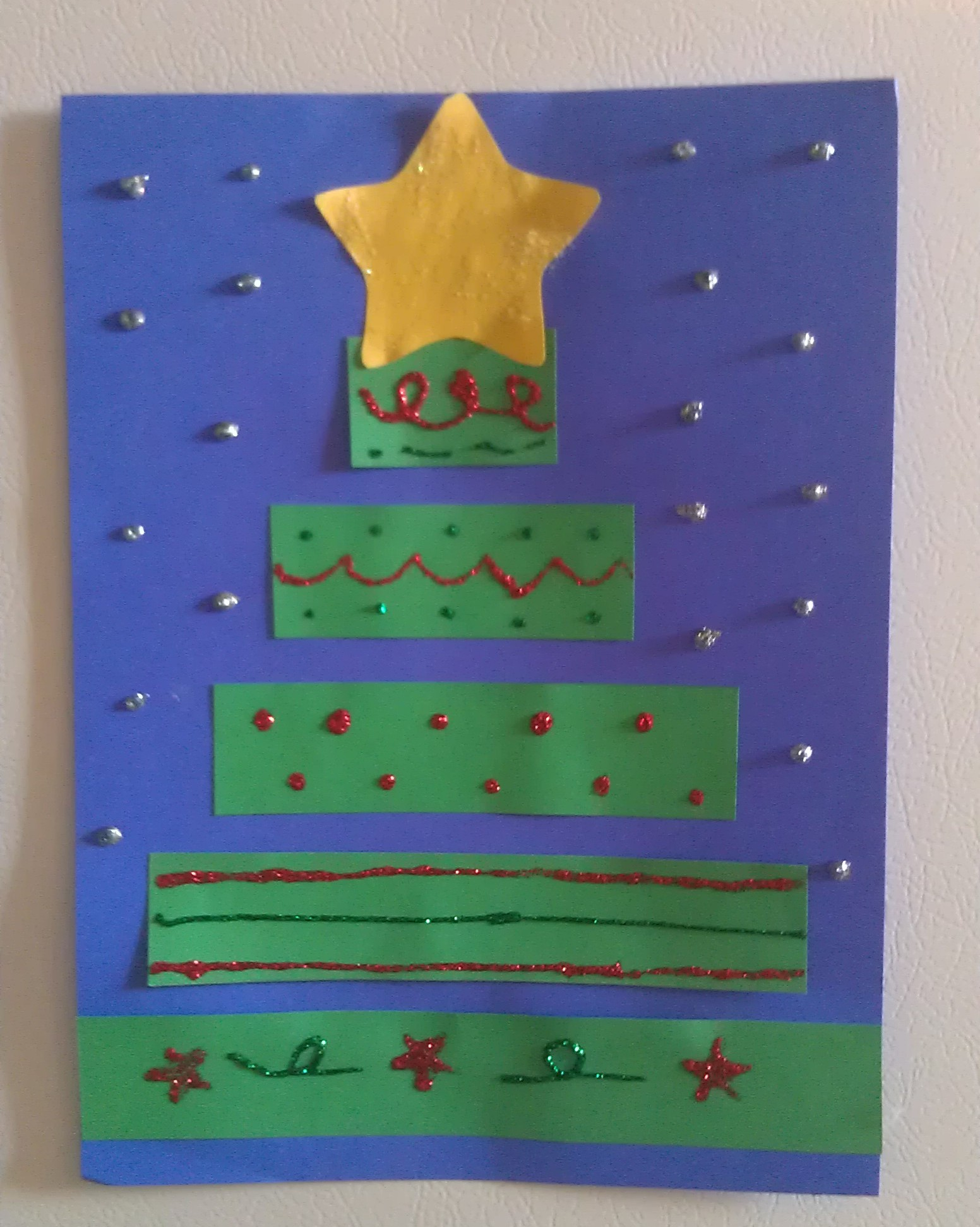 Construction Paper Christmas Tree Craft - Woo! Jr. Kids ...
