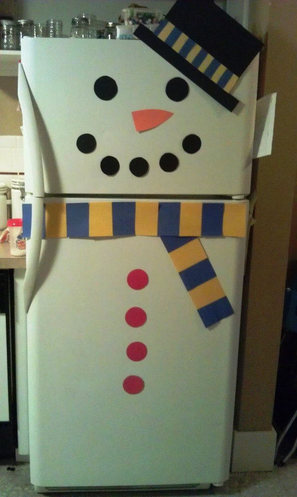 Decorate Refrigerator As A Snowman Woo Jr Kids Activities