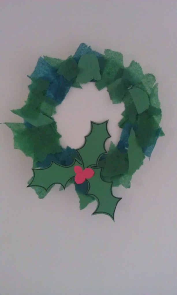 photo paper craft ideas how to make a kid s wreath with a paper plate 5158