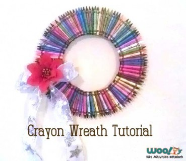 Teacher Gift: How to Make a Crayon Wreath Craft Tutorial