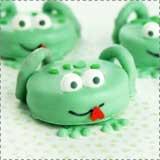 Leap Year Dessert - Frog Oreos