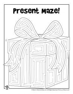 Christmas Gift Maze for Kids