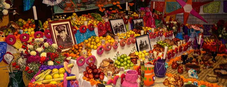 Day of the Dead Ofrenda Display