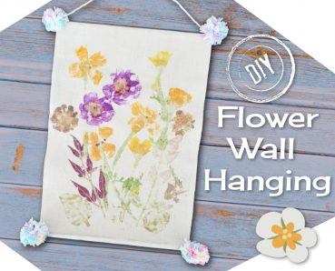 DIY Flower Pounding Wall Hanging