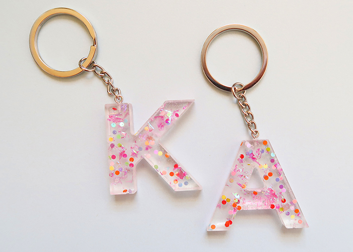 How to Make Resin Keychains for Beginners