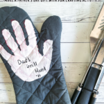 Easy Father's Day Gift – Handprint Grill Mitt
