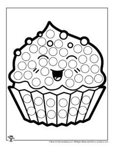 Cupcake Pre-K Coloring Activity Worksheet